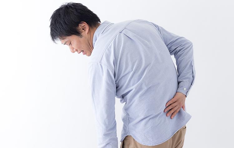 胸 から 背中 の 痛み